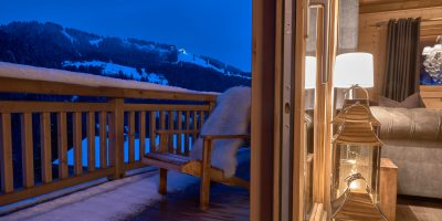 17-the-balcony-white-valley-lodge